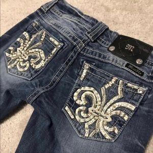 Woman's MissMe Bootcut Jeans - Size 27